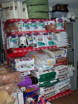 granulky, konzervy, kapsičky, paštičky, masovky